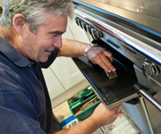 Domestic Oven Cleaning - Quality workmanship from friendly, experienced and courteous operatives